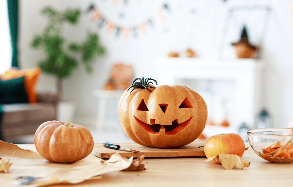 fall interior design pumpkin