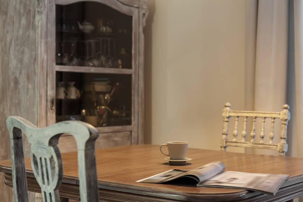 heirloom furniture